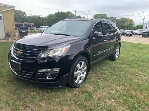 2017 Chevrolet Traverse for sale at Triangle Auto Sales in Elgin IL