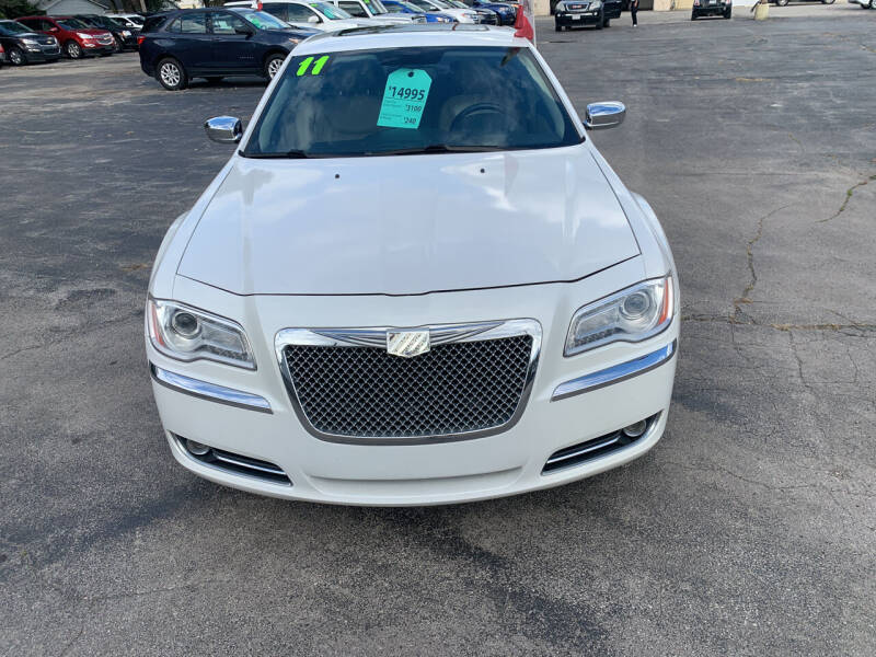 2011 Chrysler 300 for sale at PAPERLAND MOTORS in Green Bay WI