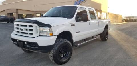 2004 Ford F-350 Super Duty for sale at LA Motors LLC in Denver CO