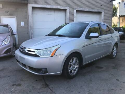2009 Ford Focus for sale at Global Auto Finance & Lease INC in Maywood IL