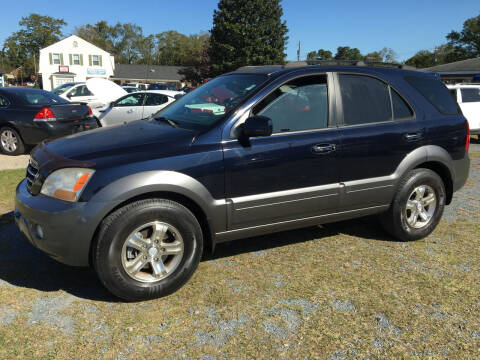 2008 Kia Sorento for sale at LAURINBURG AUTO SALES in Laurinburg NC