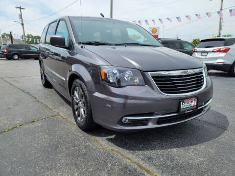 2016 Chrysler Town and Country for sale at Dixie Automart LLC in Hamilton OH