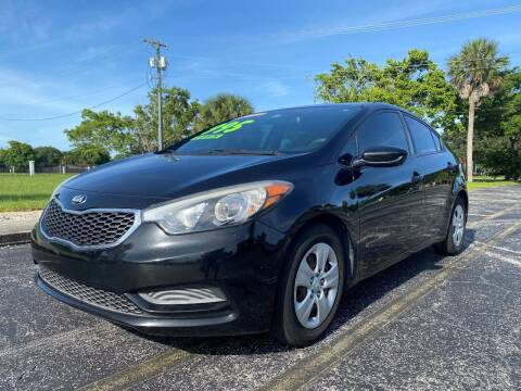 2015 Kia Forte for sale at Lamberti Auto Collection in Plantation FL