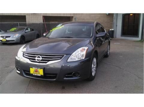 2011 Nissan Altima for sale at 3B Auto Center in Modesto CA