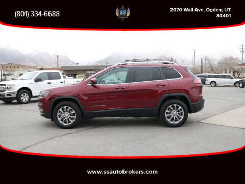 2019 Jeep Cherokee for sale at S S Auto Brokers in Ogden UT