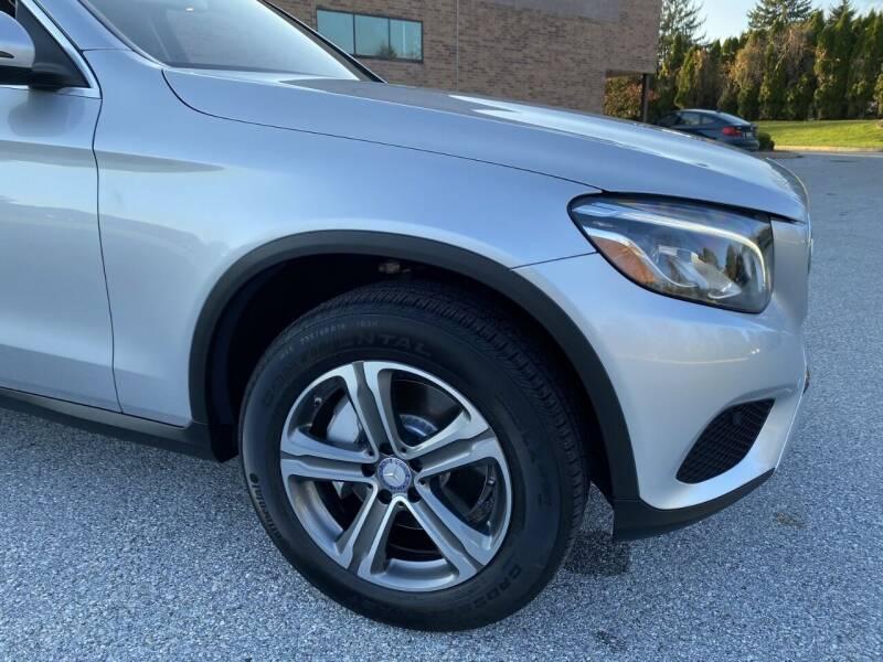 2017 Mercedes-Benz GLC AWD GLC 300 4MATIC 4dr SUV - West Chester PA