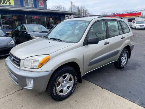 2003 Toyota RAV4 for sale at Wise Investments Auto Sales in Sellersburg IN