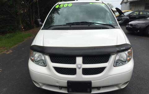 2004 Dodge Grand Caravan for sale at BIRD'S AUTOMOTIVE & CUSTOMS in Ephrata PA