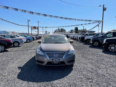 2015 Nissan Sentra for sale at Velascos Used Car Sales in Hermiston OR