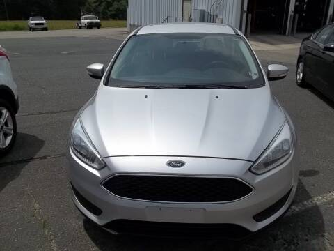 2017 Ford Focus for sale at Gilliam Motors Inc in Dillwyn VA
