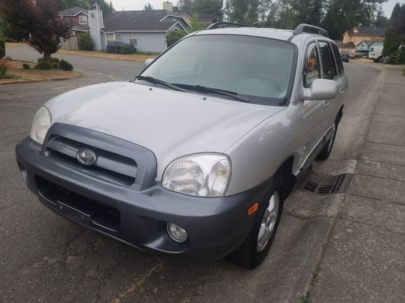 2005 Hyundai Santa Fe for sale at Rynok Auto Sales LLC in Auburn WA