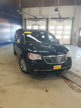 2015 Chrysler Town and Country for sale at Bachrodt on State in Rockford IL