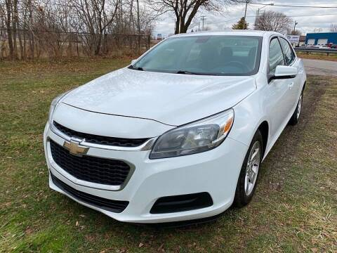 2015 Chevrolet Malibu for sale at CItywide Auto Credit in Oregon OH