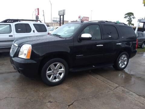 2010 GMC Yukon for sale at Taylor Trading Co in Beaumont TX