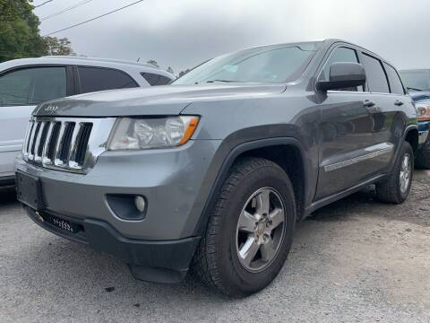 2013 Jeep Grand Cherokee for sale at Auto Warehouse in Poughkeepsie NY