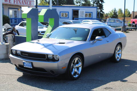 2013 Dodge Challenger for sale at BAYSIDE AUTO SALES in Everett WA