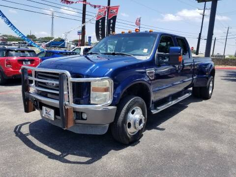 2008 Ford F-350 Super Duty for sale at ON THE MOVE INC in Boerne TX