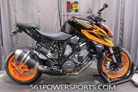 2019 KTM 1290 Super Duke R