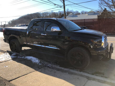 2013 Toyota Tundra for sale at Deleon Mich Auto Sales in Yonkers NY