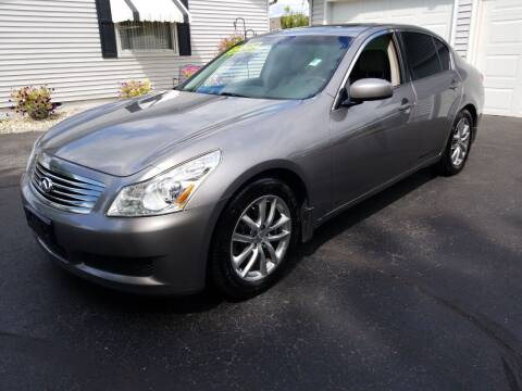 2007 Infiniti G35 for sale at CALDERONE CAR & TRUCK in Whiteland IN
