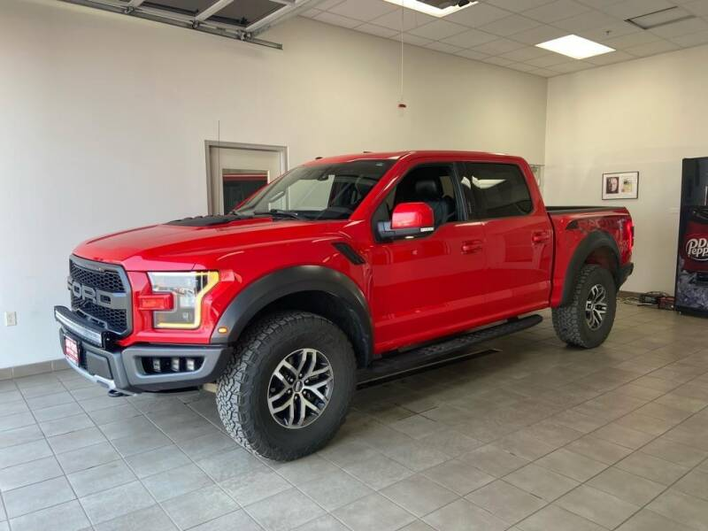 2018 Ford F-150 for sale at DAN PORTER MOTORS in Dickinson ND