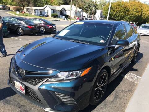 2018 Toyota Camry for sale at DEALZ ON WHEELZ in Winchester VA