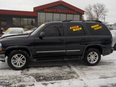 2004 Chevrolet Tahoe for sale at Super Service Used Cars in Milwaukee WI