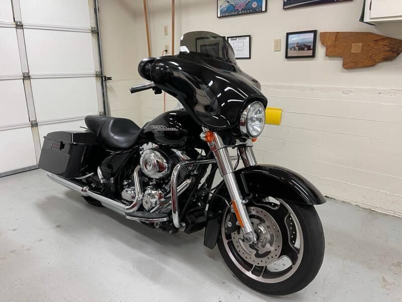 2011 Harley Davidson Street Glider for sale at Dodi Auto Sales in Monterey CA