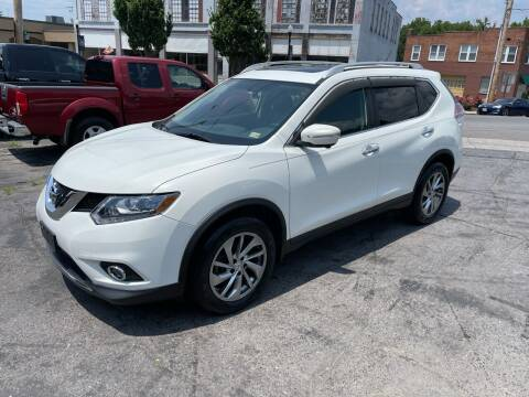 2014 Nissan Rogue for sale at East Main Rides in Marion VA