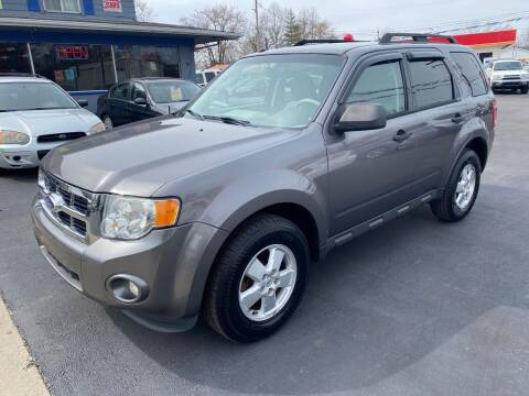 2012 Ford Escape for sale at Wise Investments Auto Sales in Sellersburg IN