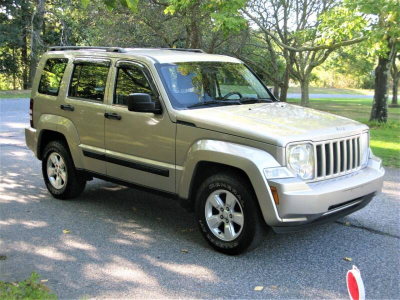 2010 Jeep Liberty for sale at The Car Vault in Holliston MA