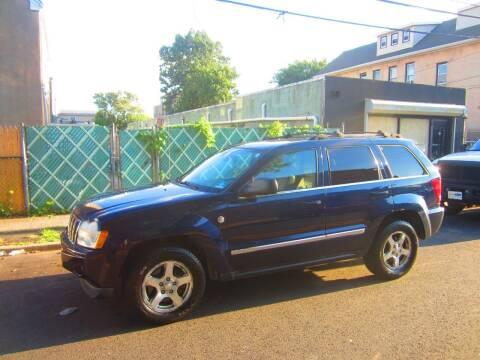 2006 Jeep Grand Cherokee for sale at Cali Auto Sales Inc. in Elizabeth NJ