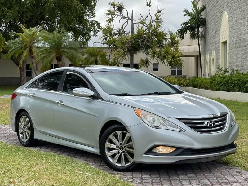 2014 Hyundai Sonata for sale at Citywide Auto Group LLC in Pompano Beach FL