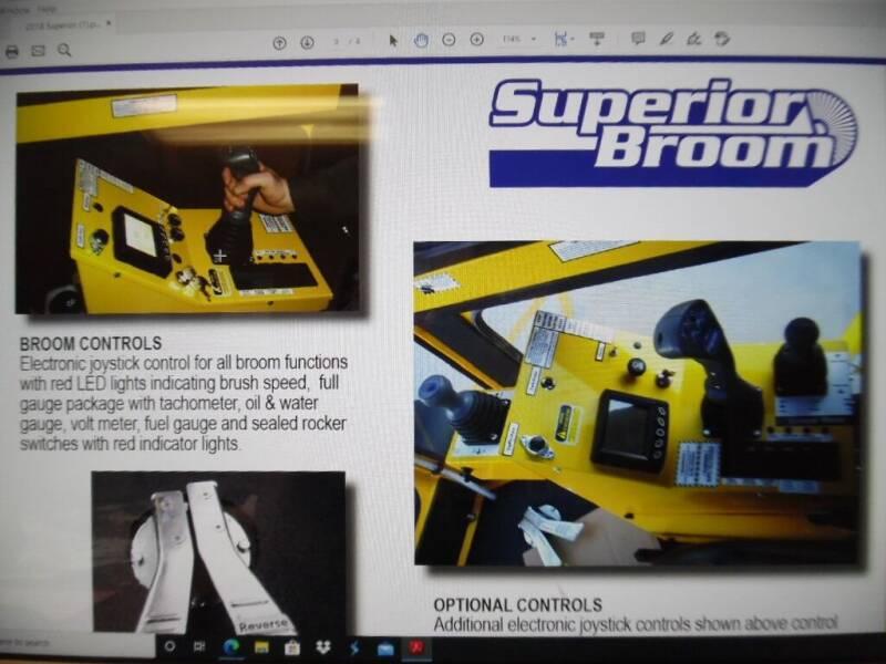 2018 SUPERIOR BROOM DT74J SWEEPER DT74J SWEEPER  - West Fargo ND
