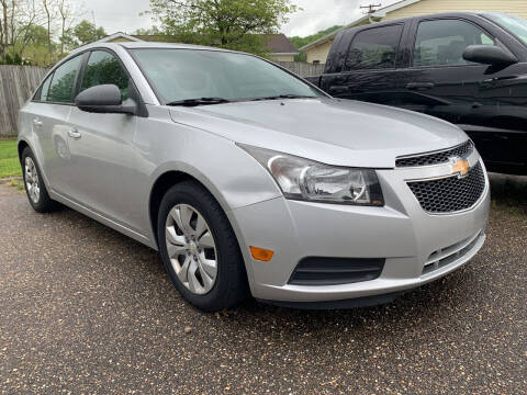 2013 Chevrolet Cruze for sale at MYERS PRE OWNED AUTOS & POWERSPORTS in Paden City WV
