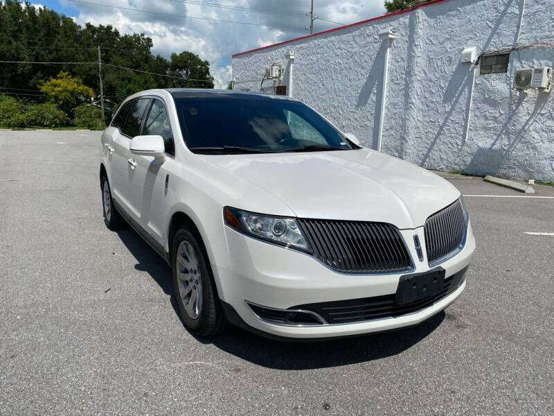 2016 Lincoln MKT Town Car for sale at LUXURY AUTO MALL in Tampa FL