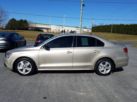 2014 Volkswagen Jetta for sale at John Huber Automotive LLC in New Holland PA