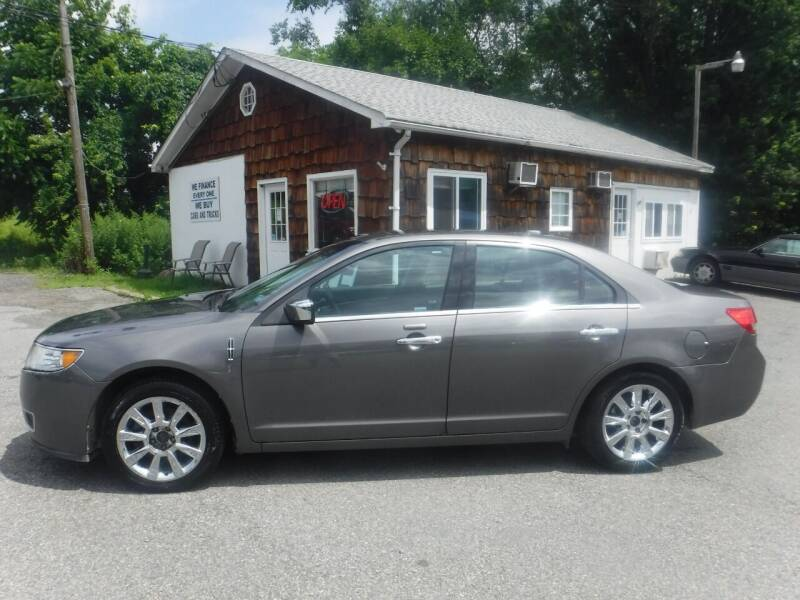 2011 Lincoln MKZ for sale at Trade Zone Auto Sales in Hampton NJ