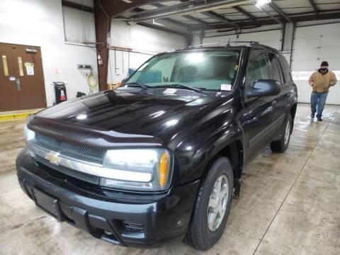 2005 Chevrolet TrailBlazer for sale at Davidson Auto Deals in Syracuse IN