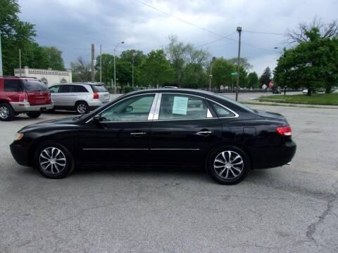 2006 Hyundai Azera for sale at Car Credit Auto Sales in Terre Haute IN