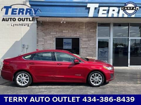 2019 Ford Fusion Hybrid for sale at Terry Auto Outlet in Lynchburg VA