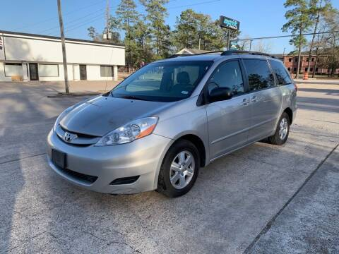 2008 Toyota Sienna for sale at AUTO WOODLANDS in Magnolia TX
