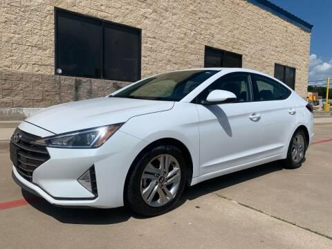 2019 Hyundai Elantra for sale at Dream Lane Motors in Euless TX