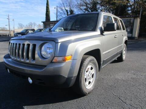 2013 Jeep Patriot for sale at Lewis Page Auto Brokers in Gainesville GA