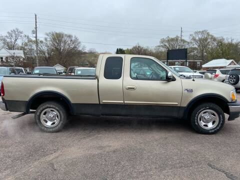 2000 Ford F-150 for sale at RIVERSIDE AUTO SALES in Sioux City IA