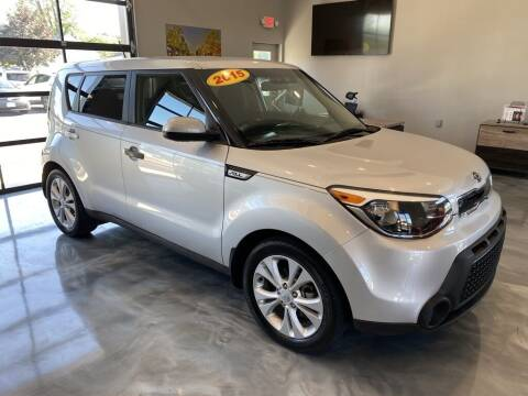 2015 Kia Soul for sale at Crossroads Car & Truck in Milford OH