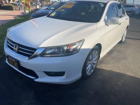 2015 Honda Accord for sale at Soledad Auto Sales in Soledad CA
