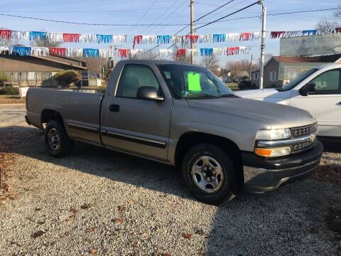 2001 Chevrolet Silverado 1500 for sale at Antique Motors in Plymouth IN