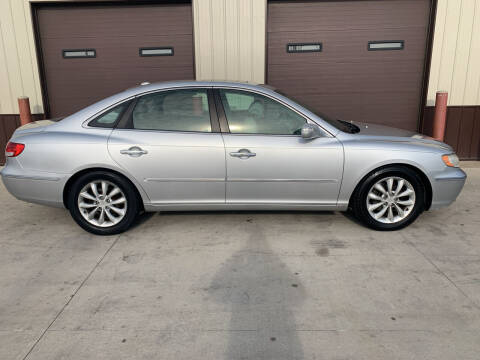 2008 Hyundai Azera for sale at Dakota Auto Inc. in Dakota City NE
