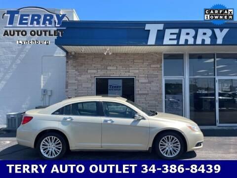 2011 Chrysler 200 for sale at Terry Auto Outlet in Lynchburg VA
